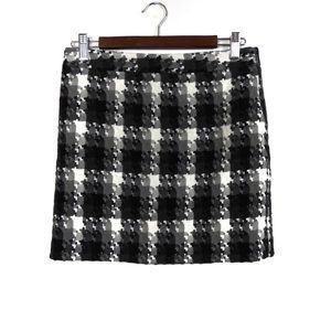 F111 Loft Petites Plaid Skirt Size 2P Black Gray